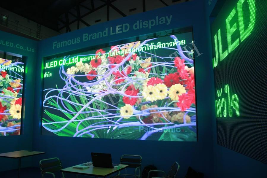 ทำไม LED Digital Signage จึงเป็นตัวเลือกการแสดงผลที่ดีที่สุดสำหรับการเสนอผลิตภัณฑ์หรือบริการของคุณ